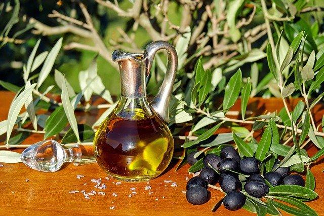 azeite-oliva-1596639_640