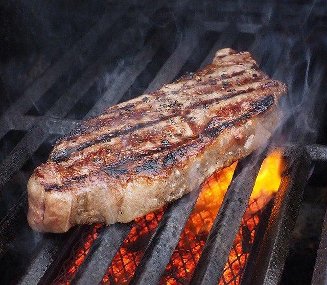carne-grelhada-perigo-para-saude